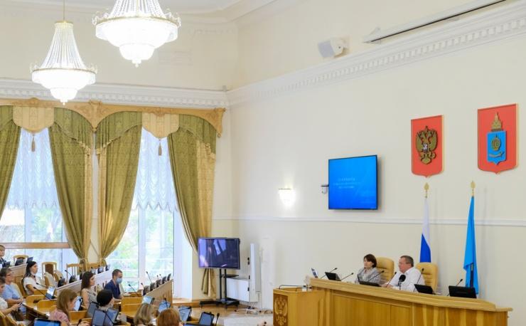 Игорь Мартынов пояснил, как стабилизировать астраханский бюджет