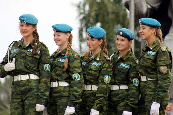 В Астрахани отмечают День ВДВ