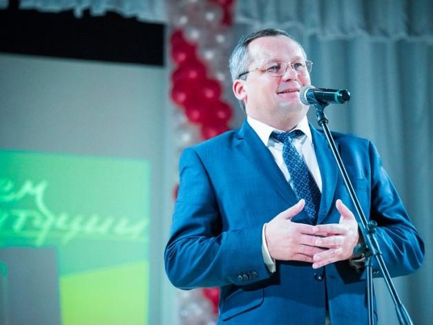 Игорь Мартынов считает защиту интересов граждан главной ценностью Конституции