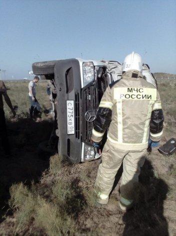 В ДТП под Астраханью погиб водитель микроавтобуса