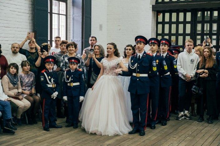 В Астрахани прошёл кадетский бал юных казаков