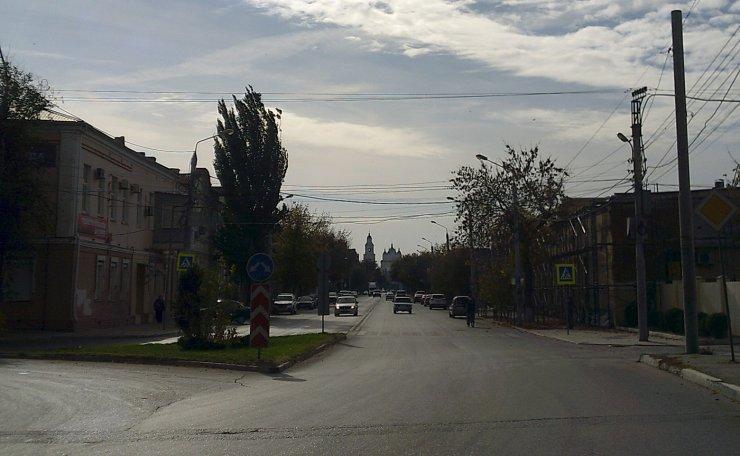 Прогулка по Адмиралтейской: центральная улица Астрахани, как она есть