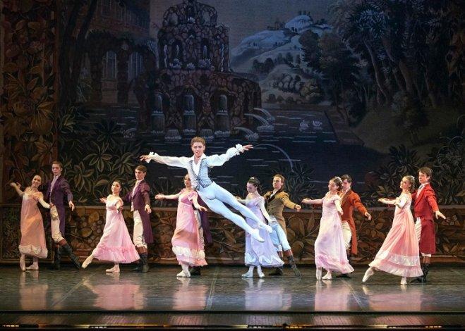 Астраханский балет возвращается на родную сцену