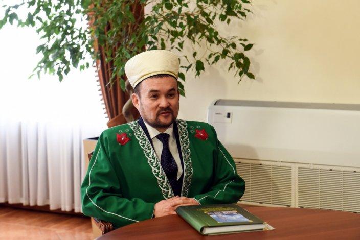 Муфтий Астраханской области Рауф-хазрат Джантасов рассказал, как пришёл в ислам