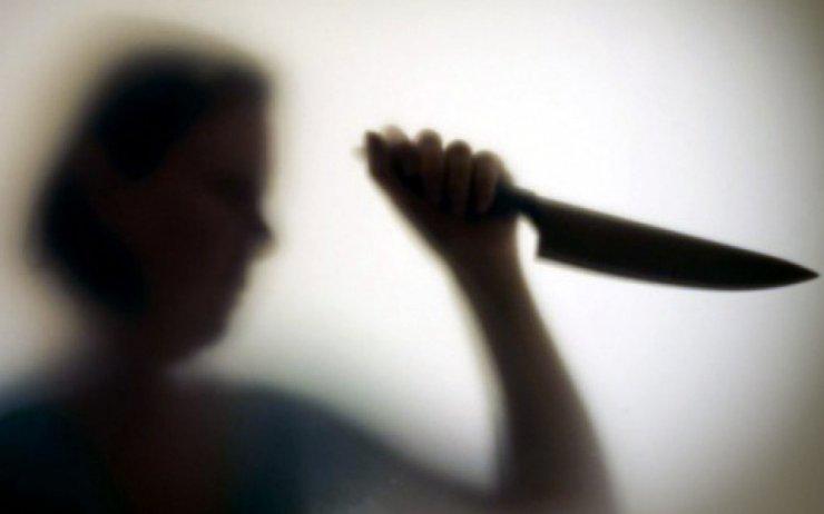 Под Астраханью пьяная женщина зарезала своего сожителя