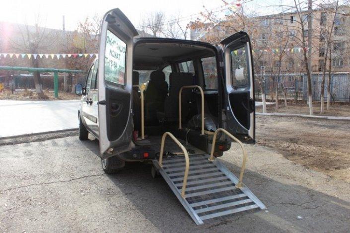 В Астрахани вновь работает социальное такси