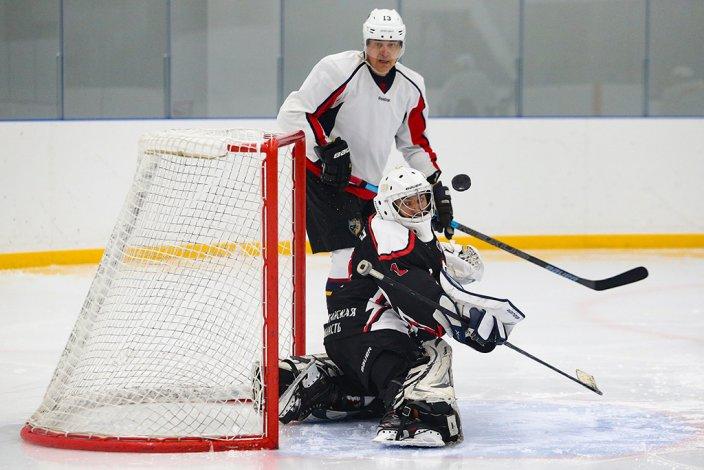 Первый турнир любительских хоккейных команд прошел в Астрахани