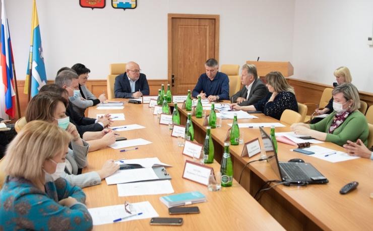 Депутаты астраханской облдумы проверили важные объекты в Наримановском районе