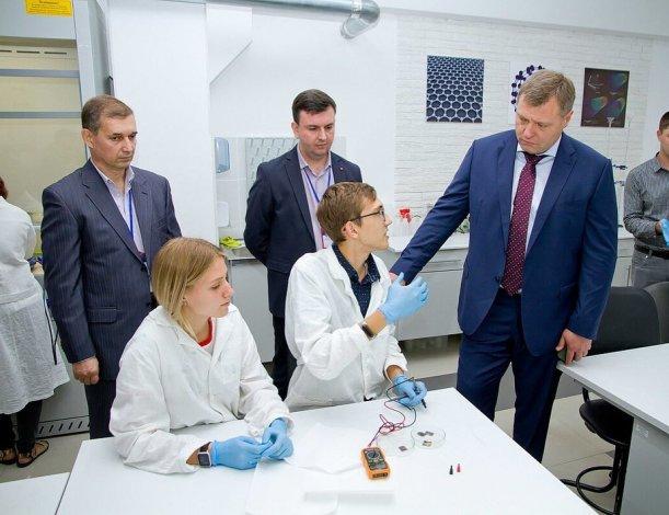 Губернатор Астраханской области посвятил понедельник подрастающему поколению