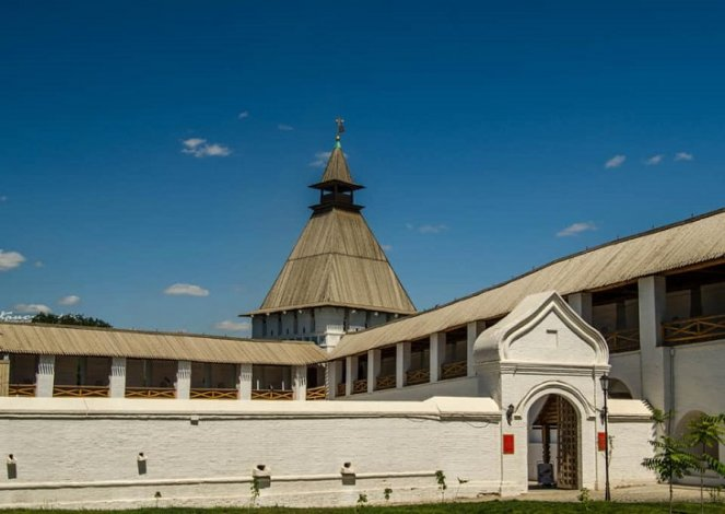 Астраханский ТЮЗ покажет спектакли в кремле