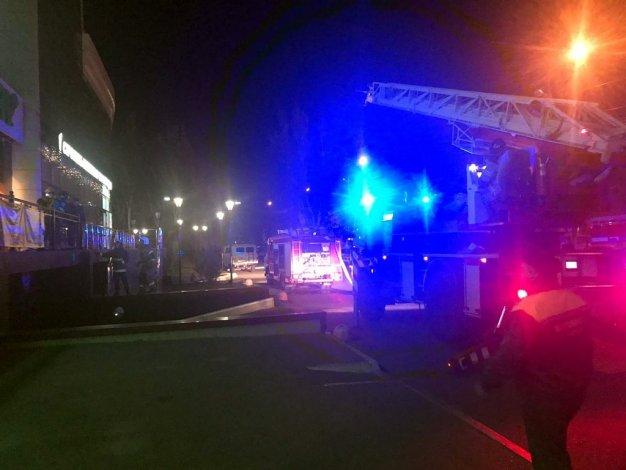 При пожаре в астраханском Subway спасли 31 человека