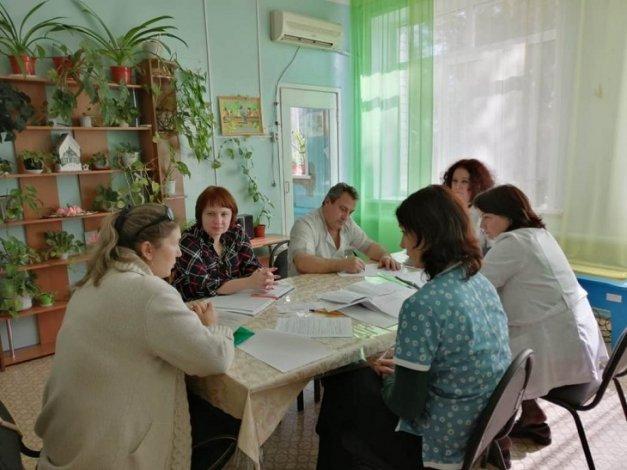 В Астраханской области специалисты по детской реабилитации проводят масштабные консультации
