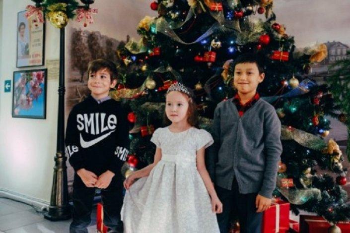 Астраханцев приглашают на благотворительные новогодние мероприятия