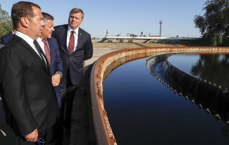 Дмитрий Медведев не в восторге от очистных сооружений в Астрахани