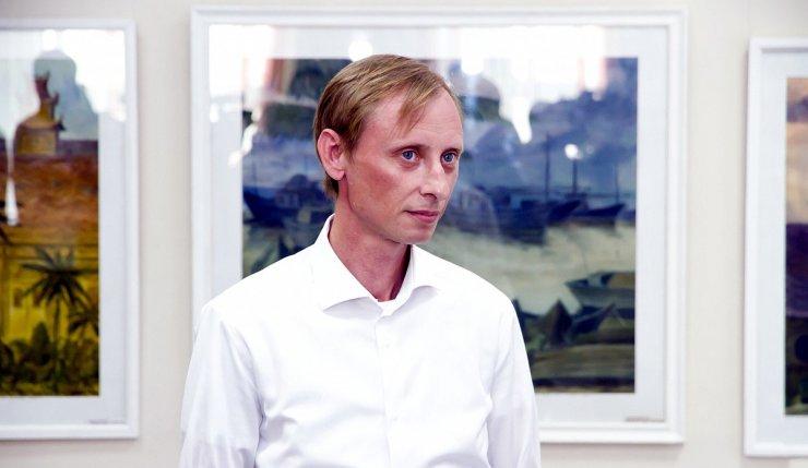 Глава астраханского Союза художников Глазков получил судимость