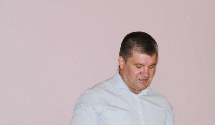Прокуратура внесла представление главе Харабалинского района Штонде