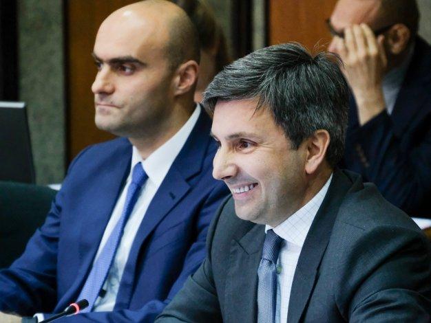 Шарыкин и Хадиков утверждены на ключевых постах астраханского правительства