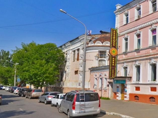 Астраханская епархия РПЦ требует изгнать коммерсантов из храма