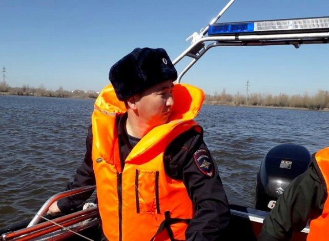 Астраханская полиция стала патрулировать реки