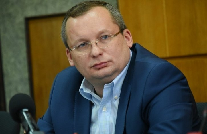 Игорь Мартынов озаботился погрязшими в кредитах людьми