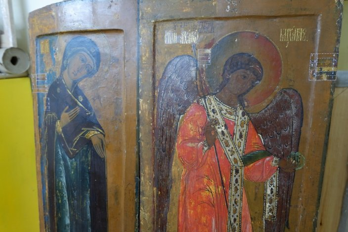 В астраханском музее обнаружены древние иконы