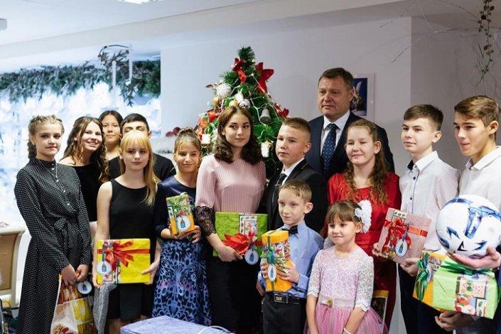 В Астрахани состоялась губернаторская ёлка