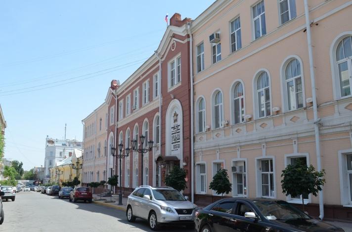 Власти Астрахани не смогли потратить сотни миллионов рублей на строительство и благоустройство