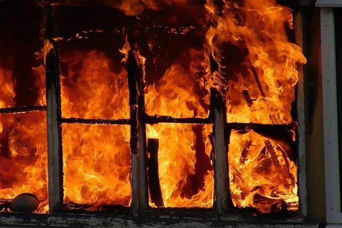 В Астраханской области в огне погиб двухлетний ребёнок