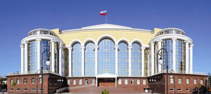 Бездомный сирота из Астрахани отсудил у властей компенсацию