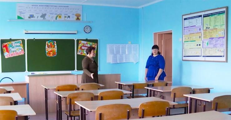 Тринадцать учителей в Астраханской области смогут получить по миллиону рублей