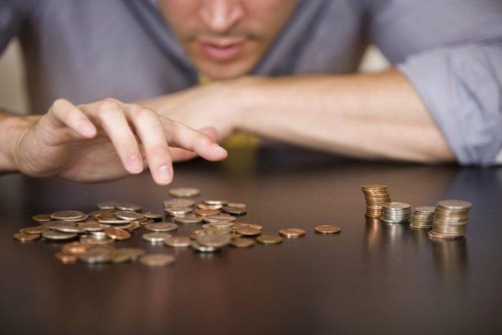 В Астрахани работодатель долго не платил зарплаты