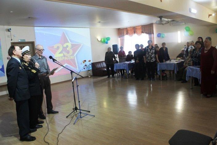 Астраханские пенсионеры отметили День защитника Отечества