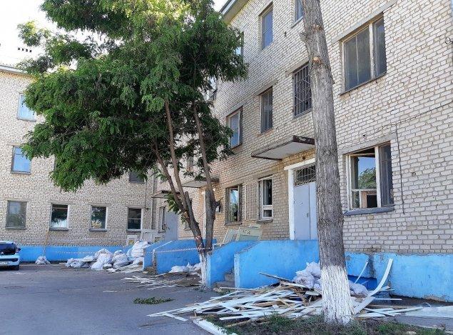 Полвека спустя: капремонт в инфекционной больнице Астрахани