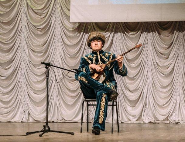 Музыкант из Астрахани получил диплом международного конкурса