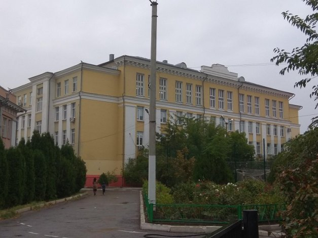 Самая престижная школа Астрахани экстренно закрылась на карантин