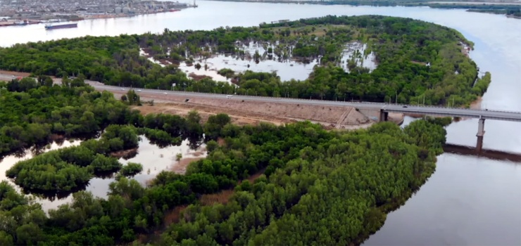 На городском острове в Астрахани организуют спасательные посты