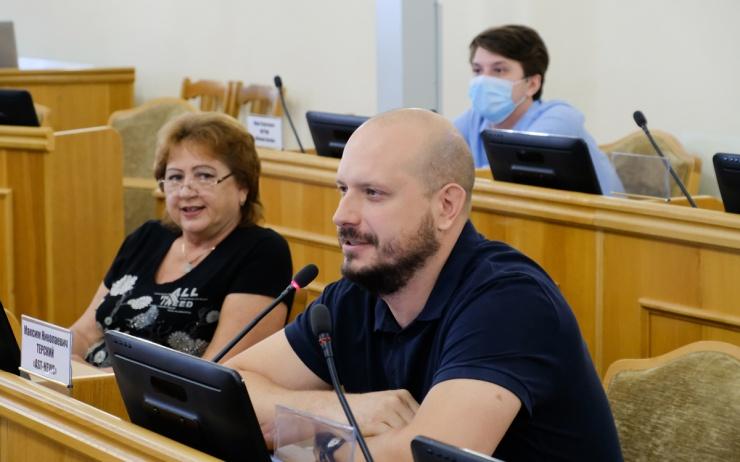 Названы рассматриваемые Госдумой инициативы астраханских депутатов