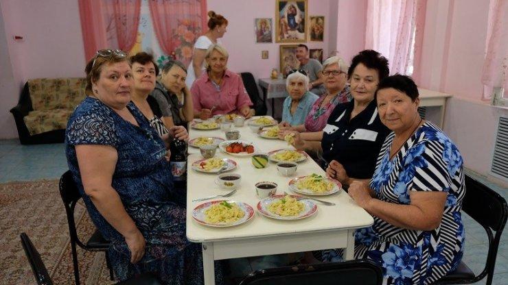 Астраханские пенсионеры познакомились с итальянской кухней