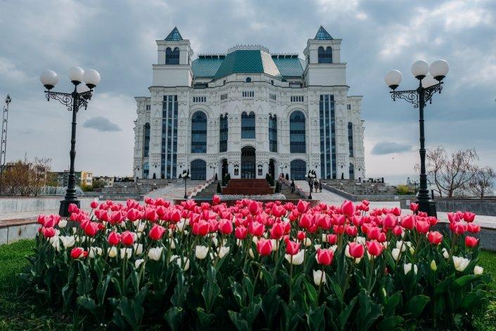Игорь Бабушкин возобновил выплаты премий работникам культуры и искусства