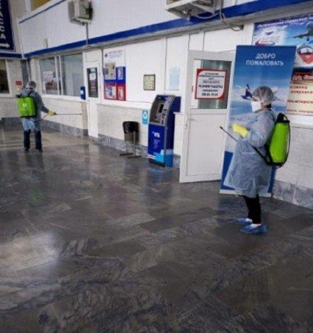 Железнодорожные вокзалы Астрахани и Верхнего Баскунчака продезинфицировали