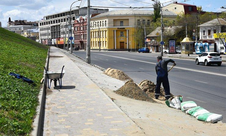 Откосы Астраханского кремля станут краше