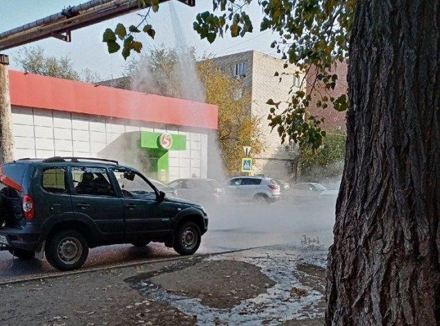 Отопительный сезон в Астрахани стартовал с прорыва теплотрассы