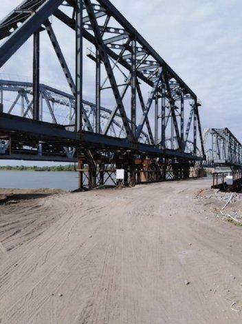 В Астраханской области через год появится новый железнодорожный мост