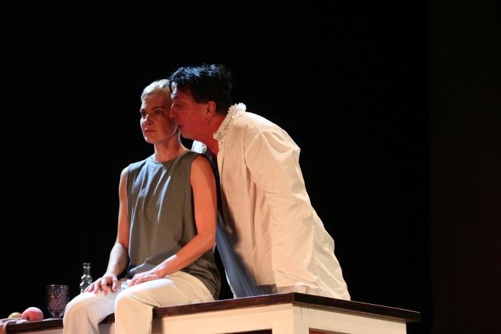 Астраханский драмтеатр вернулся домой с победами