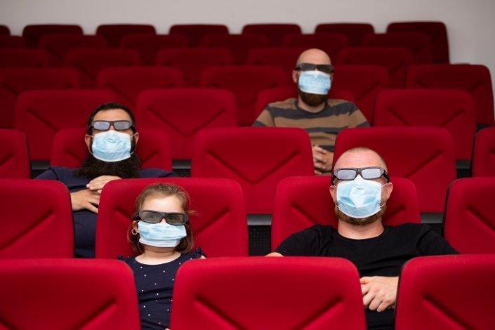 Спустя полгода астраханские кинотеатры заработали
