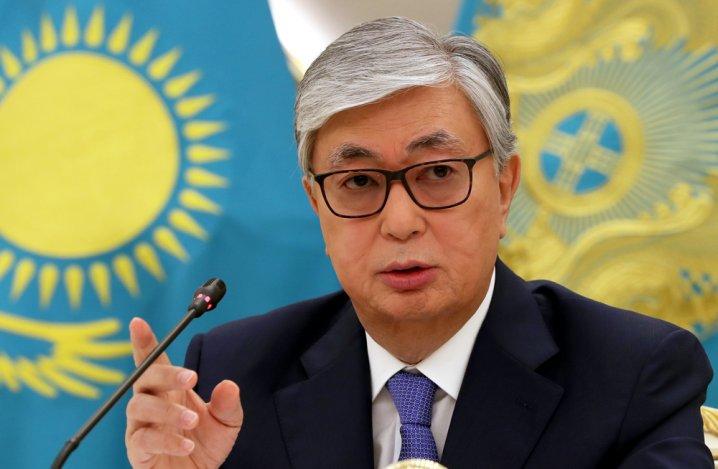 Из-за коронавируса в Казахстане запретили все публичные мероприятия