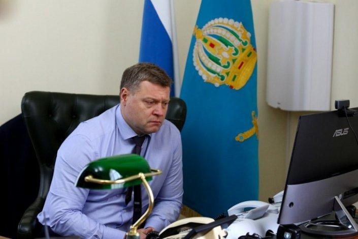 Астраханский губернатор поблагодарил за работу заболевшую коронавирусом главврача