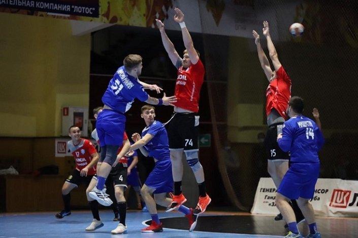Астраханские гандболисты порадовали земляков победой