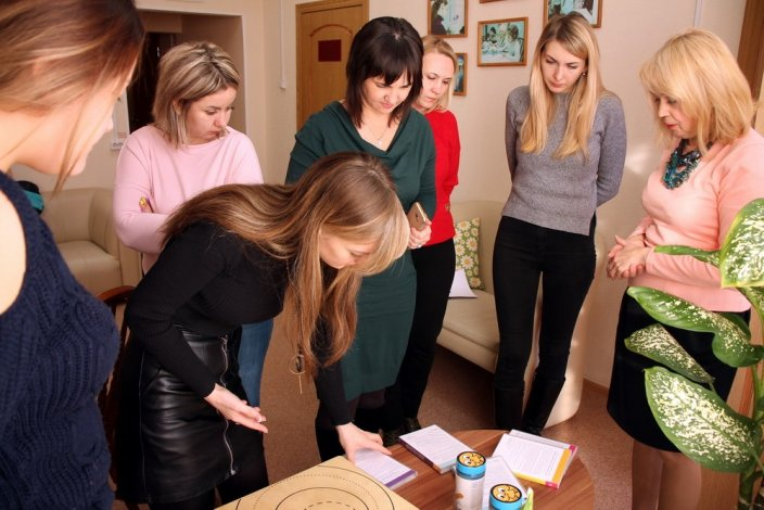 Астраханские психологи социальной сферы объединились, чтобы помочь школьникам