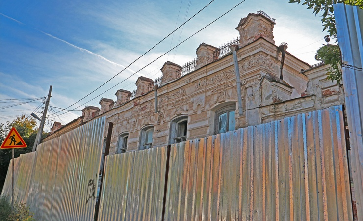 В Городской думе Астрахани обсудили состояние памятников культурного наследия